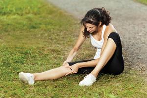 Что делать если болят колени