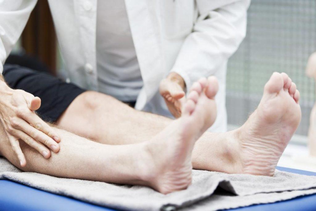 Воспаление мягких тканей ноги. Методы лечения при помощи УВТ